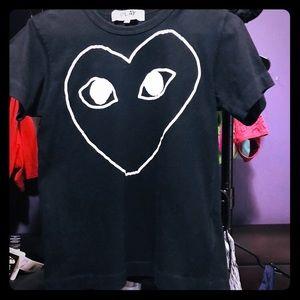 """COMME dES GARÇONS """"PLAY"""" heart T-shirt"""